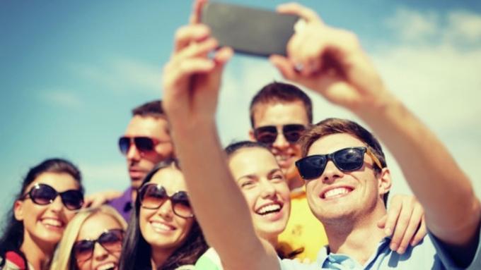 Из каких городов уезжает молодежь? 1