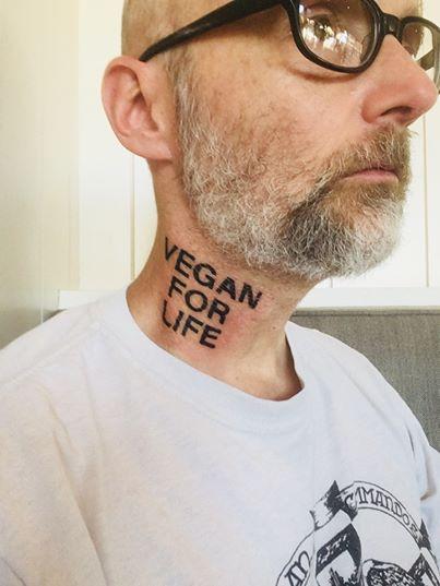 Моби сделал веганскую татуировку 1