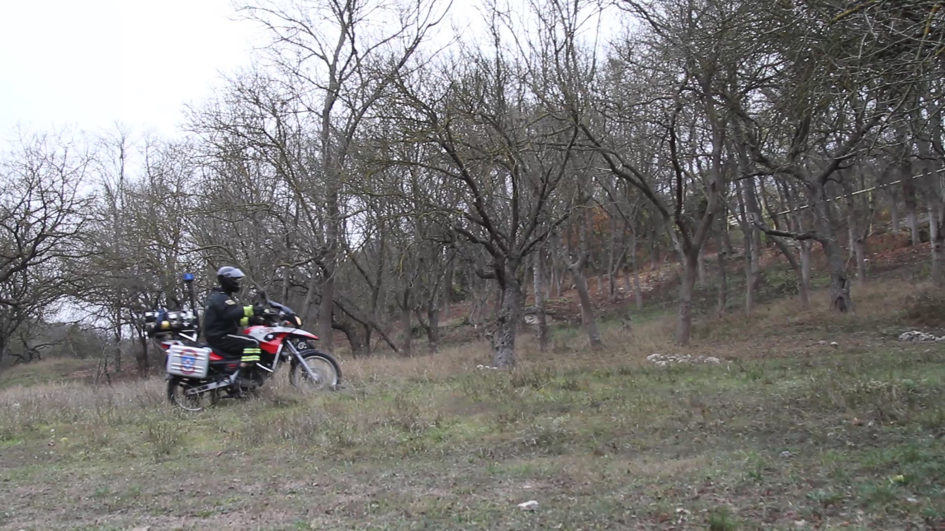 Мотопатрули МЧС берегут лес от пожара 1
