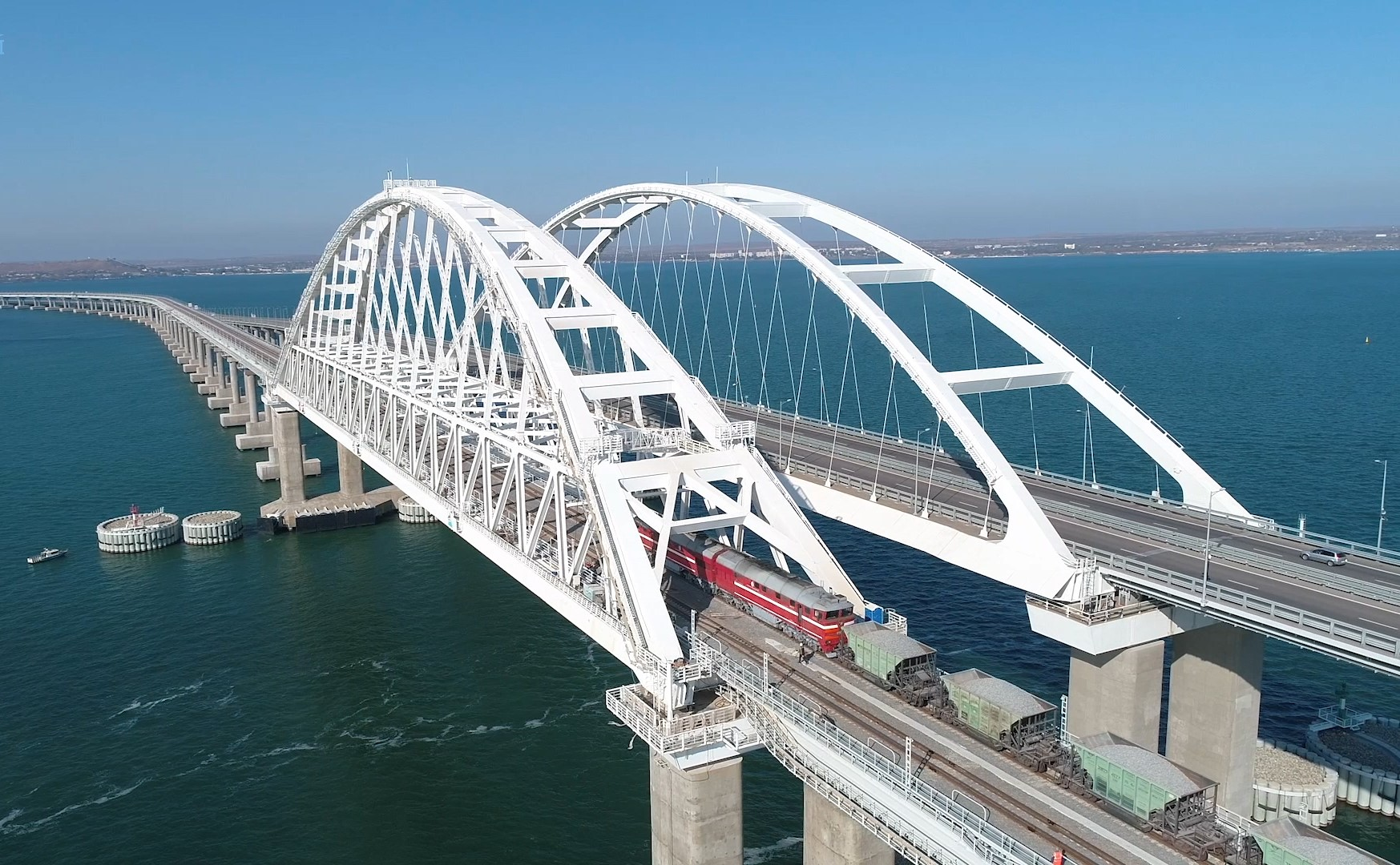 10 фактов о Крымском мосте 1