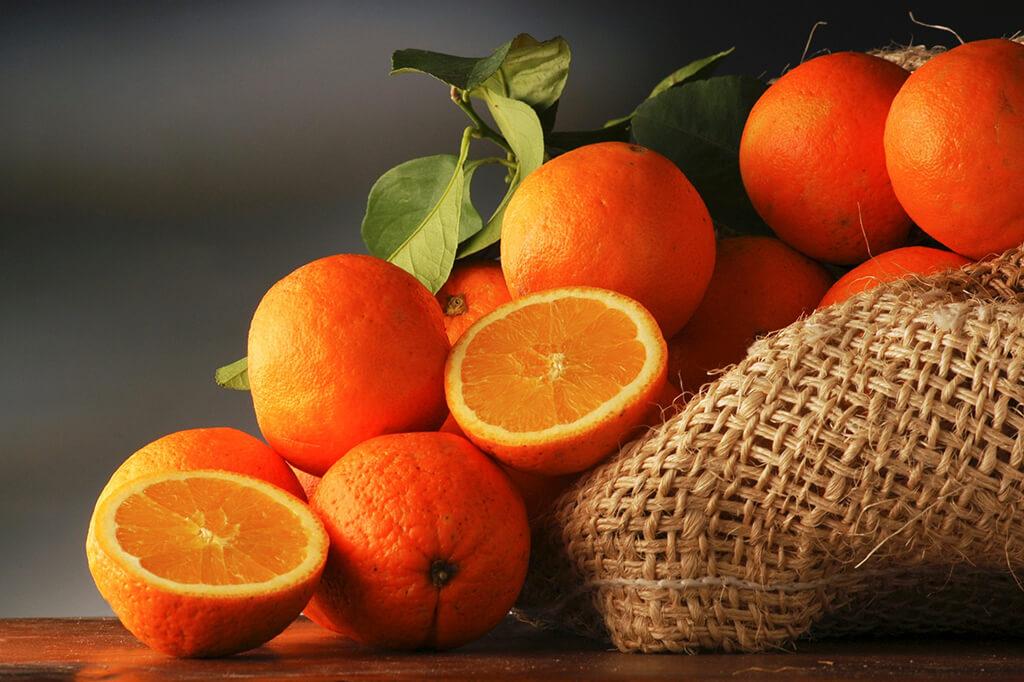 Названы полезные для кожи продукты 7
