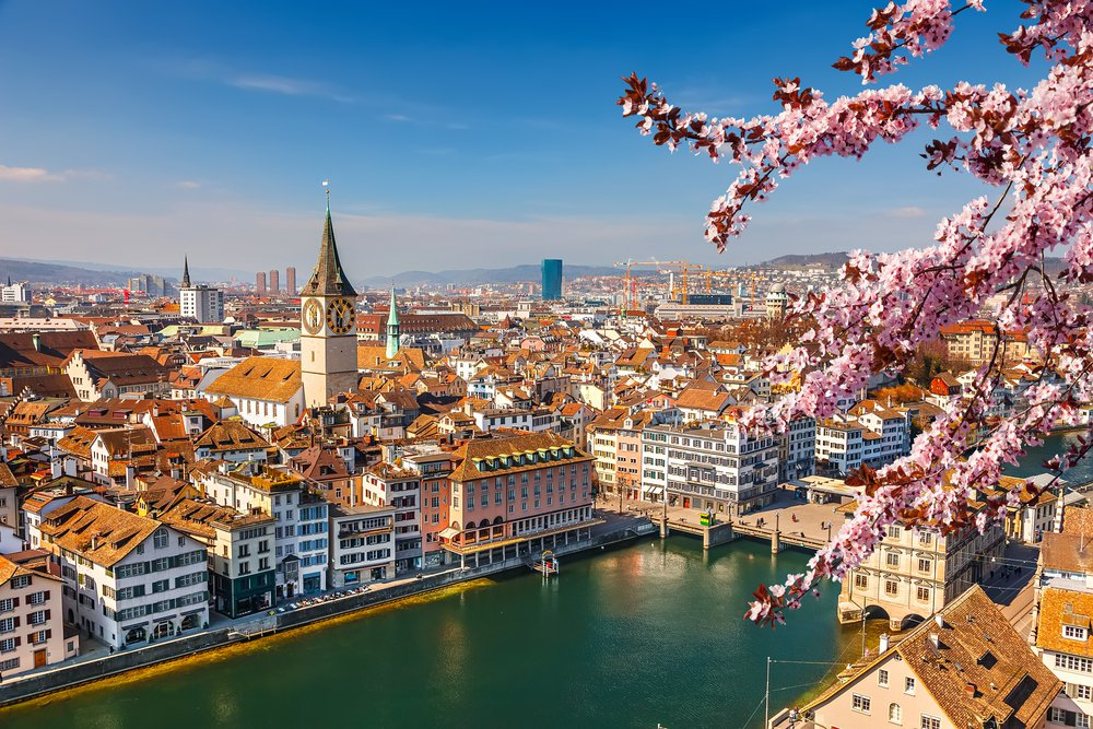 Эксперты назвали самые дорогие города мира 10