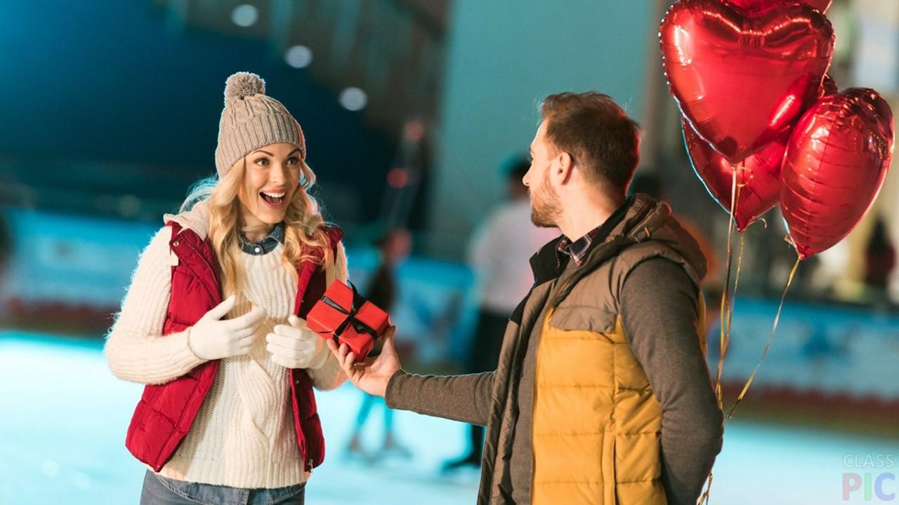 Что подарить девушке на день влюбленных? 8
