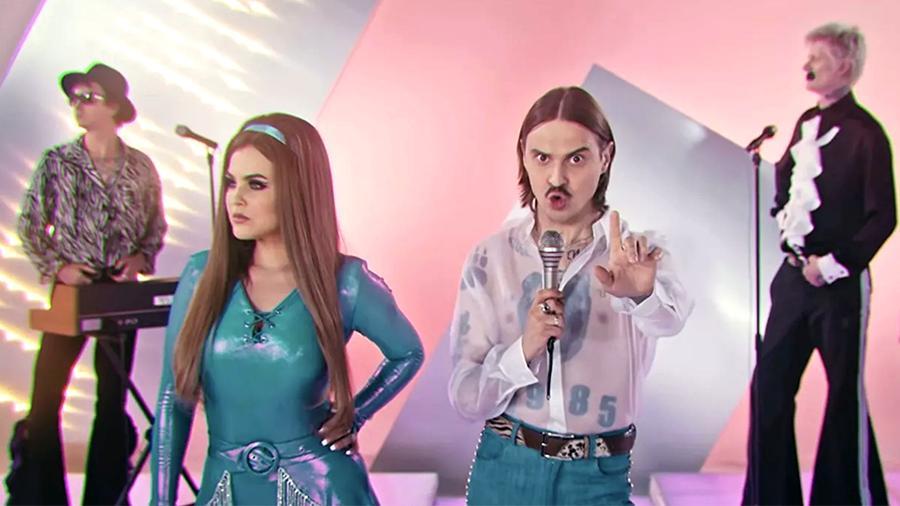В Кузбассе сняли пародию на клип Little Big 6