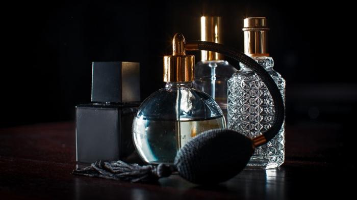 Выпущены духи с необычным запахом 8