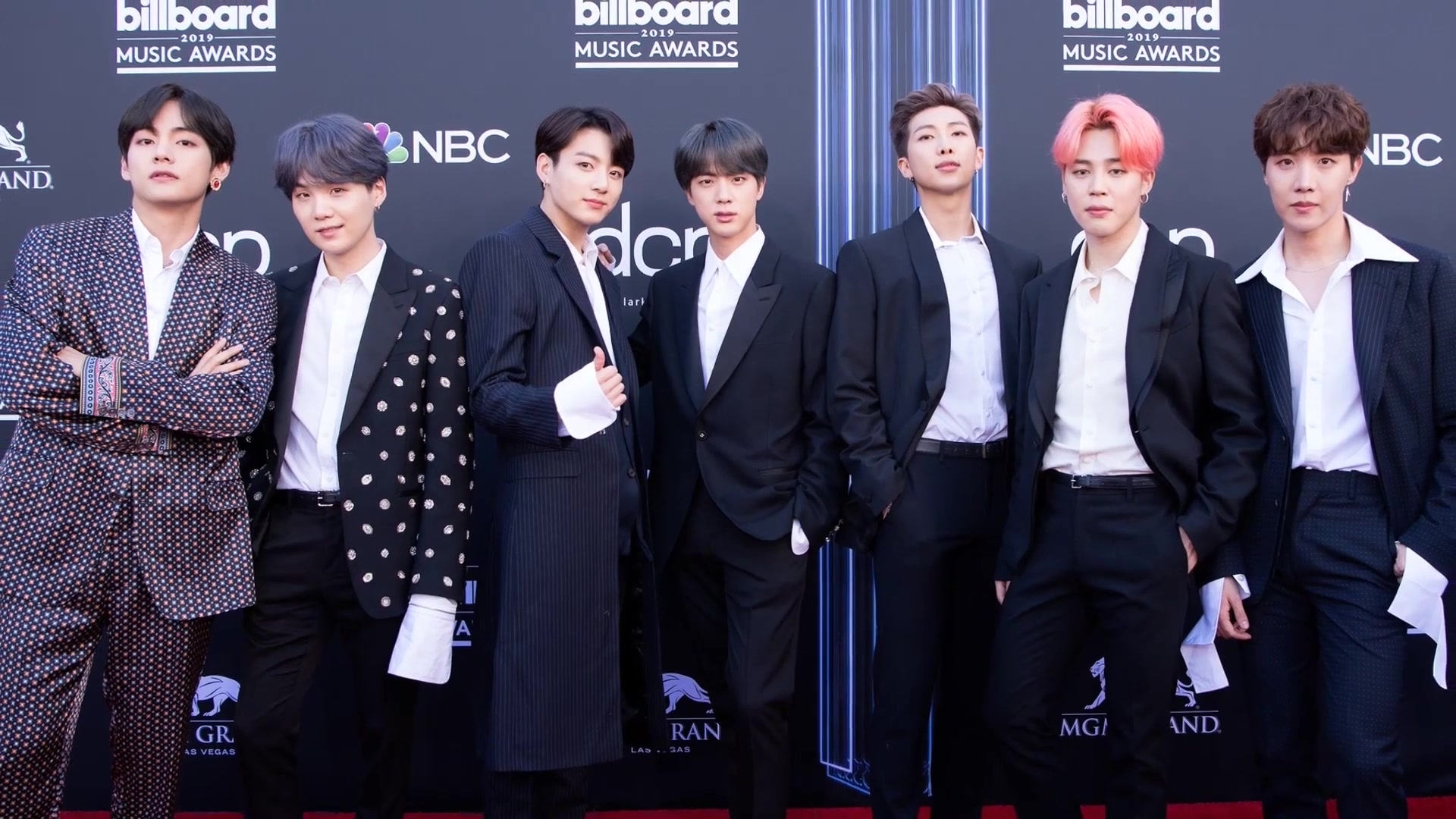 BTS дадут онлайн-концерт 5