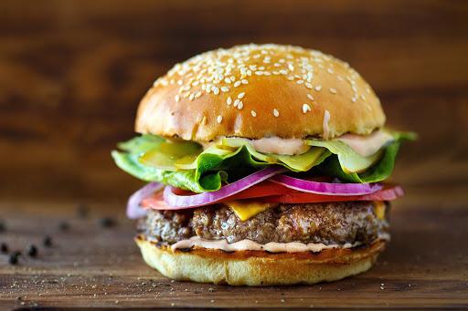 Самый острый бургер в мире 7