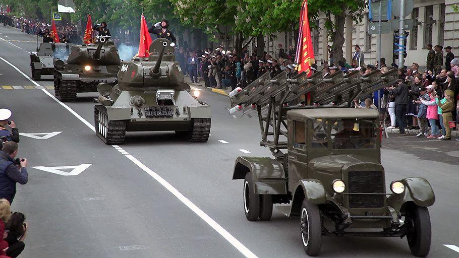 В севастопольском Параде Победы задействуют 87 боевых машин 8