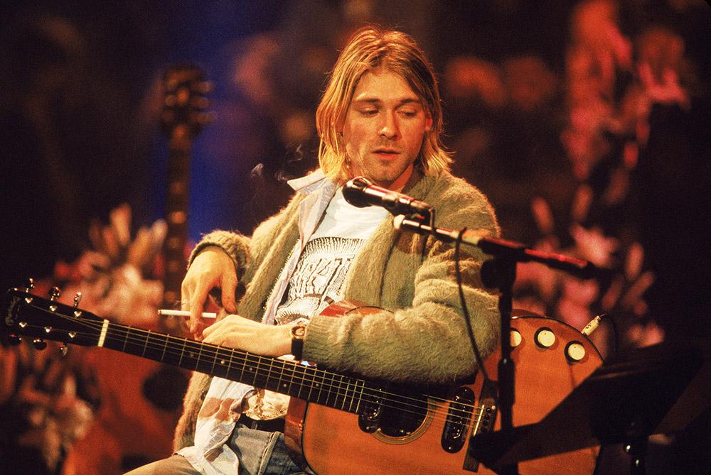 Гитару Курта Кобейна продали на аукционе 8