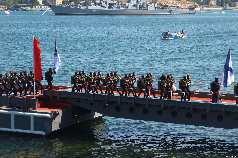 Севастопольские водолазы покажут новый эпизод в День ВМФ 10