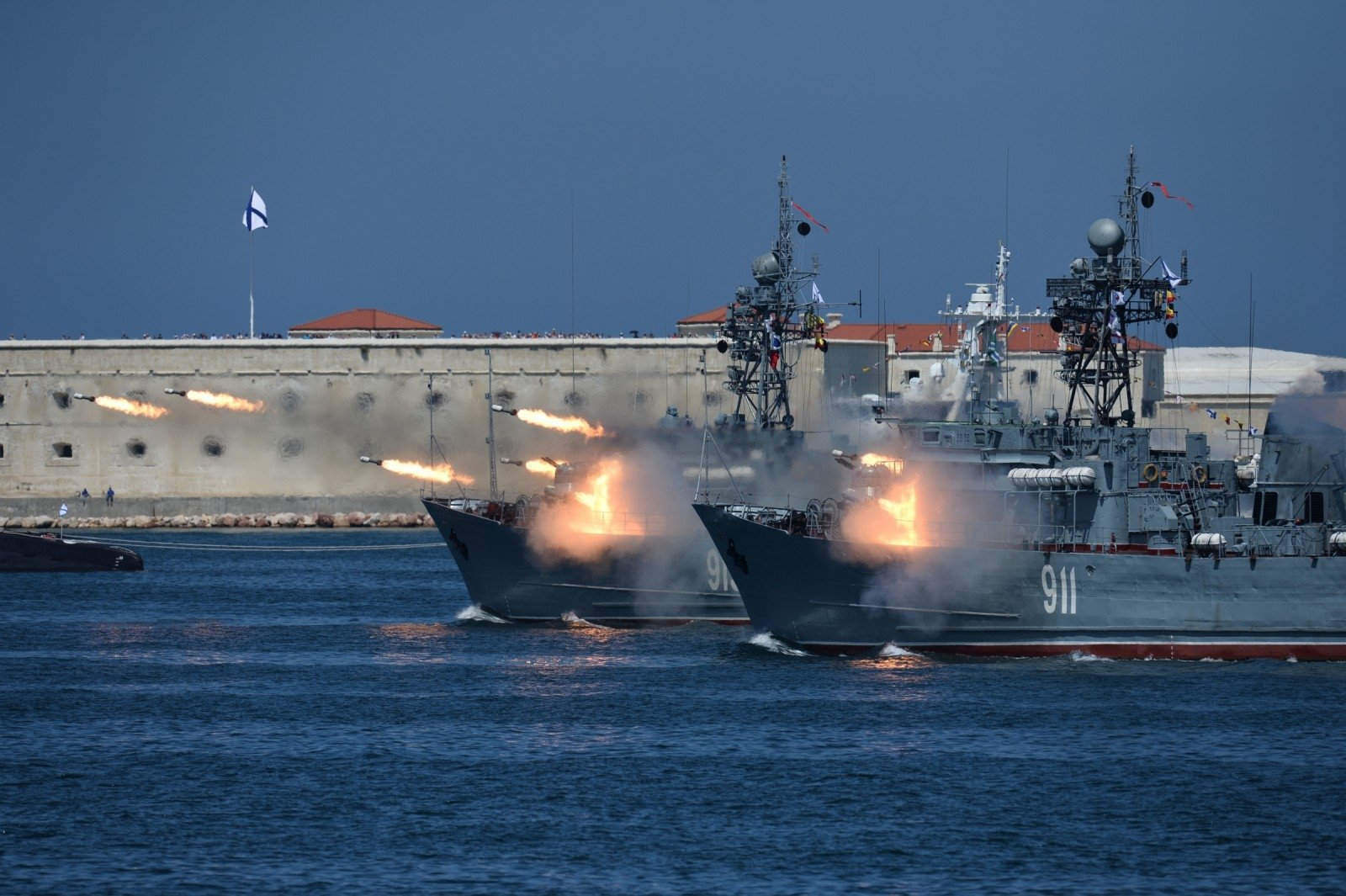 Севастополь отмечает День ВМФ 4