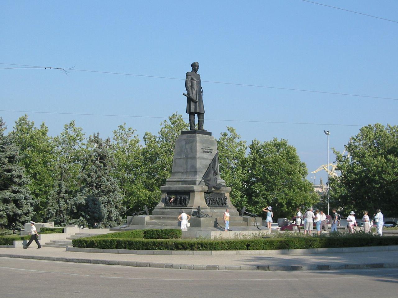 В Севастополе почтили память великого флотоводца Нахимова 2