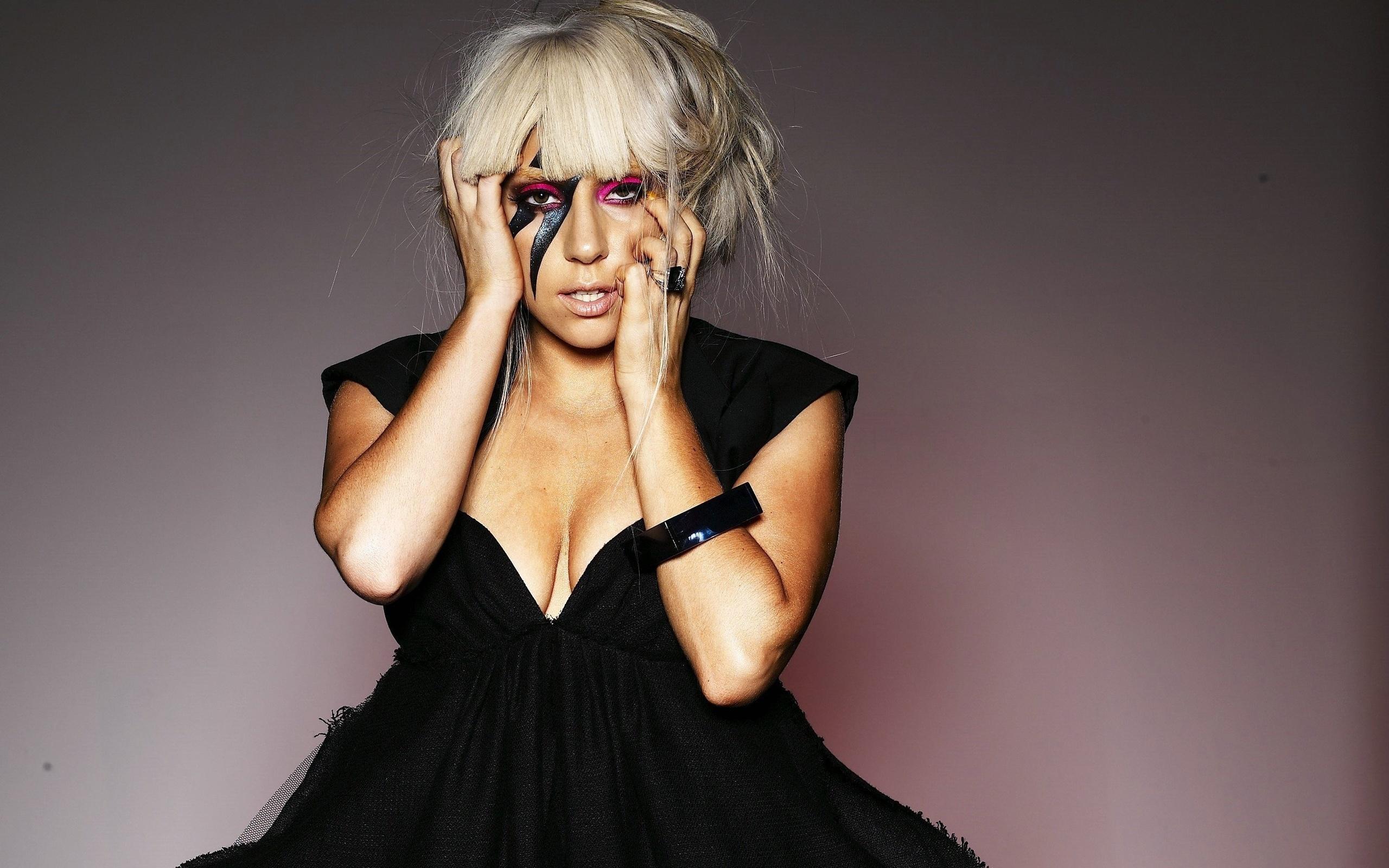 Леди Гага запустит своё радиошоу 4