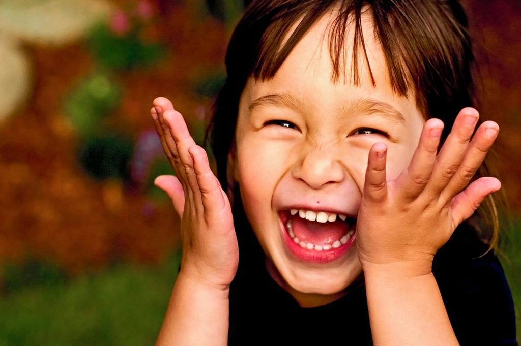 Смех поможет справиться со стрессом 8